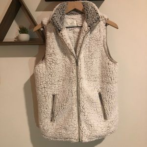 Thread and Supply Fuzzy Sherpa Vest